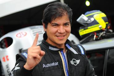 Mini Challenge: Rodrigo Hanashiro e Felipe Tozzo são os primeiros poles do ano no Mini Challenge