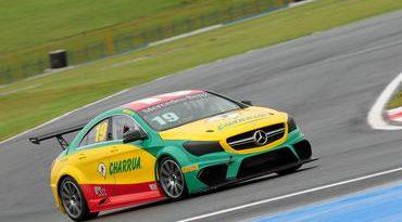 Mercedes-Benz Challenge: sessão emocionante define a pole position em Goiânia