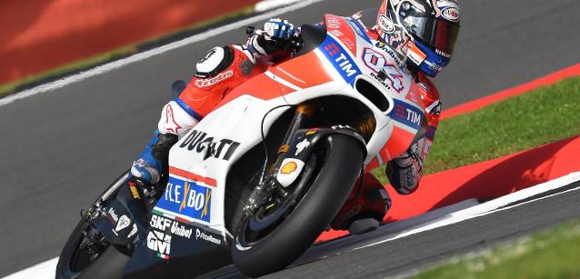 MotoGP: Andrea Dovizioso vence GP da Grã-Bretanha