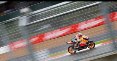 MotoGP: Casey Stoner vence GP da Grã-Bretanha