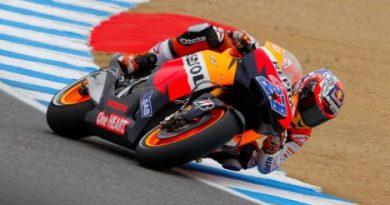 MotoGP: Casey Stoner vence em Laguna Seca