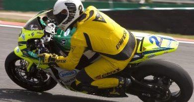 Moto: Chofard e Scudeler vencem etapas finais do Brasileiro de Superbike em Interlagos