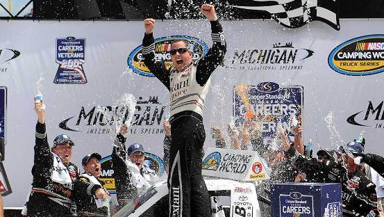 NASCAR Truck Series: Johnny Sauter vence em Michigan