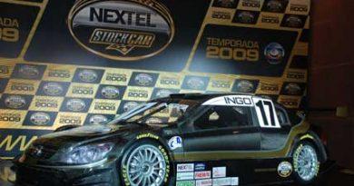 Stock: Categoria apresenta novo carro para temporada 2009