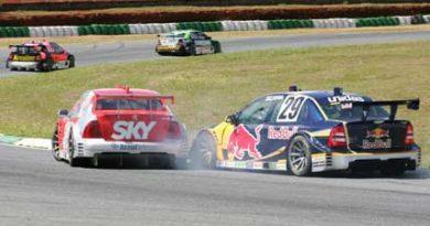 Stock: Dupla da Red Bull Racing pontua em corrida conturbada em Brasília