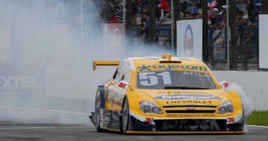 Stock: Rodas voadoras complicam AMG em Curitiba