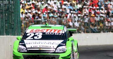 Stock: Duda lidera 15 voltas e faz a melhor volta em Salvador