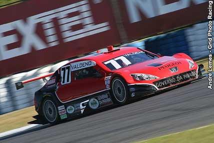 Stock: Valdeno Brito é pole position em Curitiba