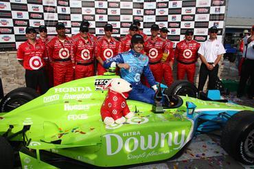 IndyCar: Dario Franchitti vence GP de Milwaukee