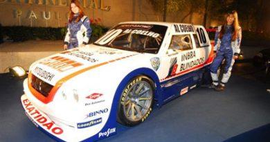 Pick-Up: Cerca de 150 convidados celebraram o lançamento oficial da equipe Maino Racing para a temporadade 2008