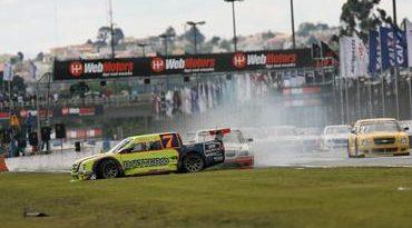 Pick-Up: Curitiba tem corrida confusa, mas Kau Machado consegue terminar a prova