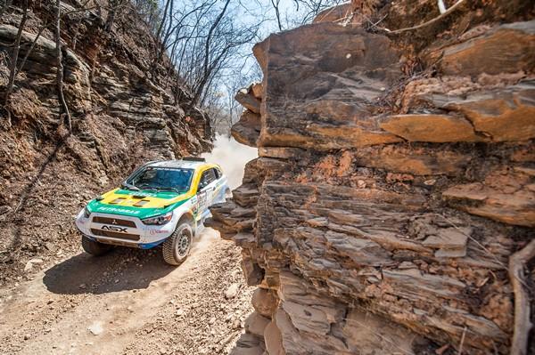 Rally dos Sertões: Equipe Mitsubishi Petrobras é campeã 2014