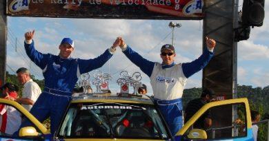 Rally: Marcos e Roger Valandro fecham a temporada do Brasileiro de Rali de Velocidade com o vice-campeonato na A6