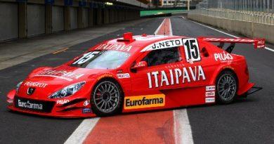 Stock: Carro da Itaipava Racing Team foi para a pista