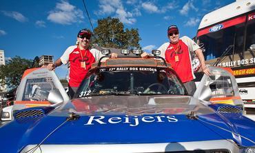 Rally dos Sertões: Reijers Rally Team larga na frente do VW Race Touareg de Nasser Al-Attiya