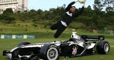 Superleague Fórmula: Carro do Corinthians é apresentado