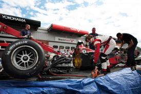 SL Fórmula: Grave acidente marca a etapa de Brands Hatch