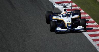 SL Fórmula: Craig Dolby coloca o Tottenham na pole em Magny-Cours
