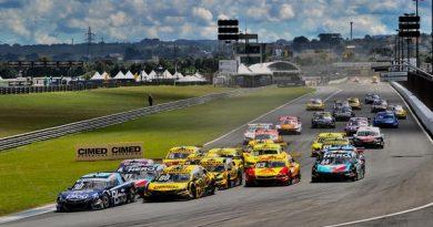 Stock Car: Felipe Fraga e Lucas di Grassi vencem em Curitiba
