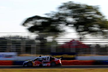 Stock: Cacá Bueno domina treinos livres no Autódromo Internacional de Campo Grande