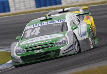 Stock: Luciano Burti faz corrida de recuperação em Curitiba e garante ponto no campeonato