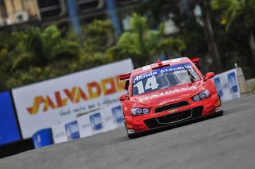 Stock: Luciano Burti domina a sexta-feira em Salvador