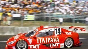 Stock: Itaipava Racing Team termina prova com os dois carros, mas sem pontos em Salvador