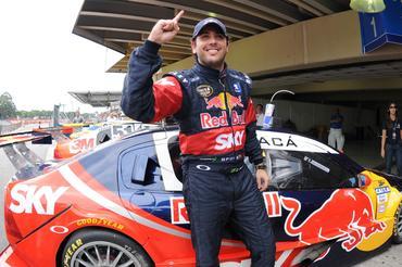 Stock: Cacá Bueno domina treinos e garante a pole da 1ª etapa de 2010
