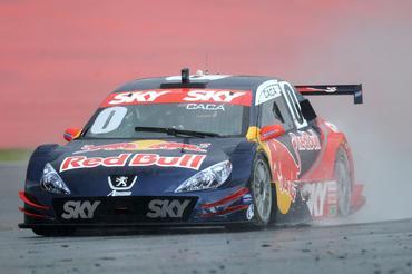 Stock: Começa a temporada 2010 da principal categoria do automobilismo nacional
