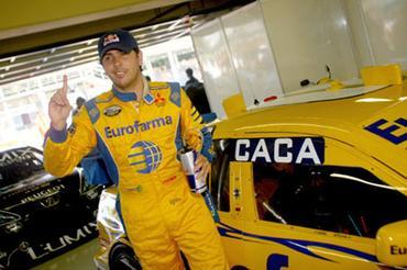 Stock: Cacá Bueno faz a pole position em Interlagos