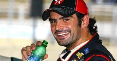 Stock: De carburador novo, Camilo domina treino