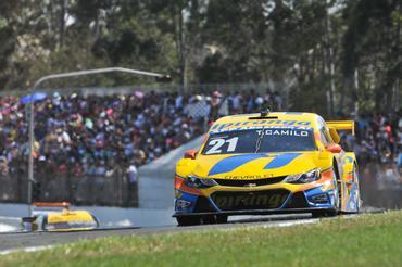 Stock Car: Thiago Camilo é o mais rápido no 2º Treino Livre em Cascavel