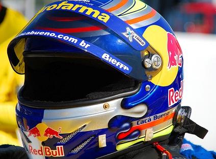 Stock: Com apoio da Red Bull, Cacá Bueno deixa a Eurofarma RC e vai para a W.A.Mattheis em 2009