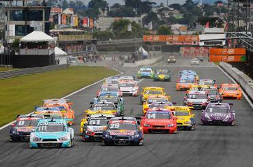 #50vezesCuritiba: Capital paranaense recebe a Stock Car pela 50ª vez