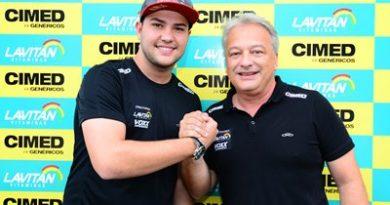 Stock: Felipe Fraga renova com a Cimed Racing