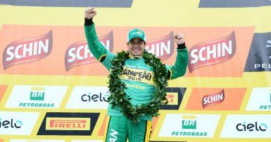 Stock: Marcos Gomes conquista título de 2015