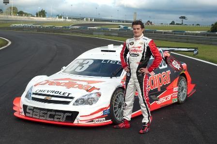 Stock: Atlético Paranaense e Lico Kaesemodel anunciam parceria para temporada 2011 da Stock Car