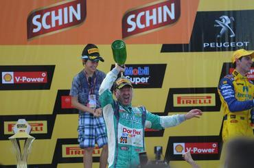 Stock: Rubens Barrichello vence em Cascavel