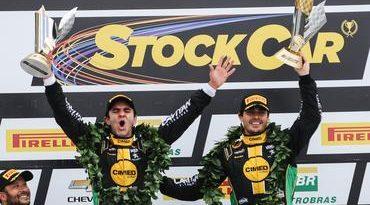 Stock: Marcos Gomes/Antonio Pizzonia vencem a corrida de duplas em Curitiba
