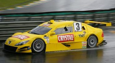 Stock: Treino curto e com chuva abre programação da Stock Car em Interlagos