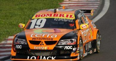 Stock: Rodrigo Sperafico busca a zona de pontuação na abertura da Stock Car