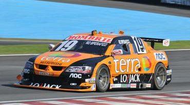Stock: Rodrigo Sperafico larga em 10º na última etapa em Interlagos