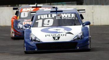Stock: Qualicorp Racing dá show e fica a um posto dos pontos