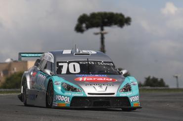 """Stock: Clima """"indeciso"""" em Curitiba: Nunes e Dirani são os mais rápidos dos treinos extras"""