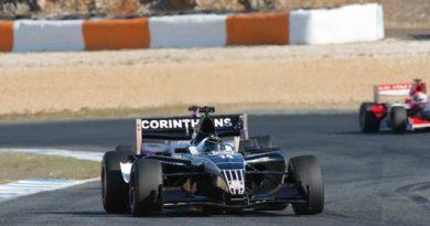 Superleague Fórmula: Pizzonia conquista segundo lugar para o Corinthians na corrida final em Jerez