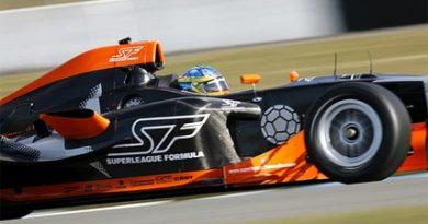 Superleague Fórmula: Bruce Jouanny e Alex Andreu continuam testes
