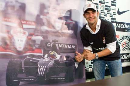 Superleague: Pizzonia renova contrato para competir pelo Corinthians em 2009