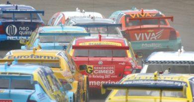 Stock: Treinos coletivos abrem a temporada 2008