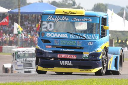 Truck: Com caminhão sem modificações, Muffato torce por chuva na etapa cearense