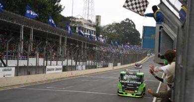 Truck: Roberval Andrade alcança a terceira vitória no circuito de Interlagos